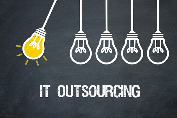 different types of IT outsourcing?