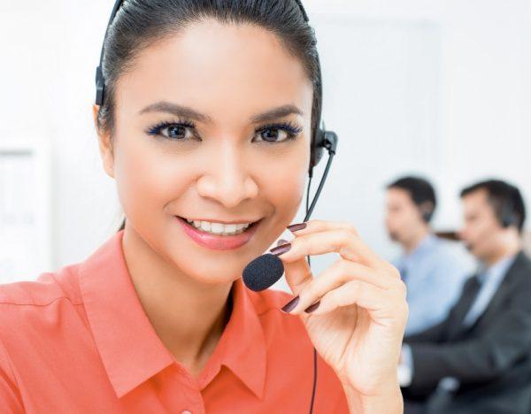 beautiful-asian-woman-telemarketing-customer-service-agent-working-call-center